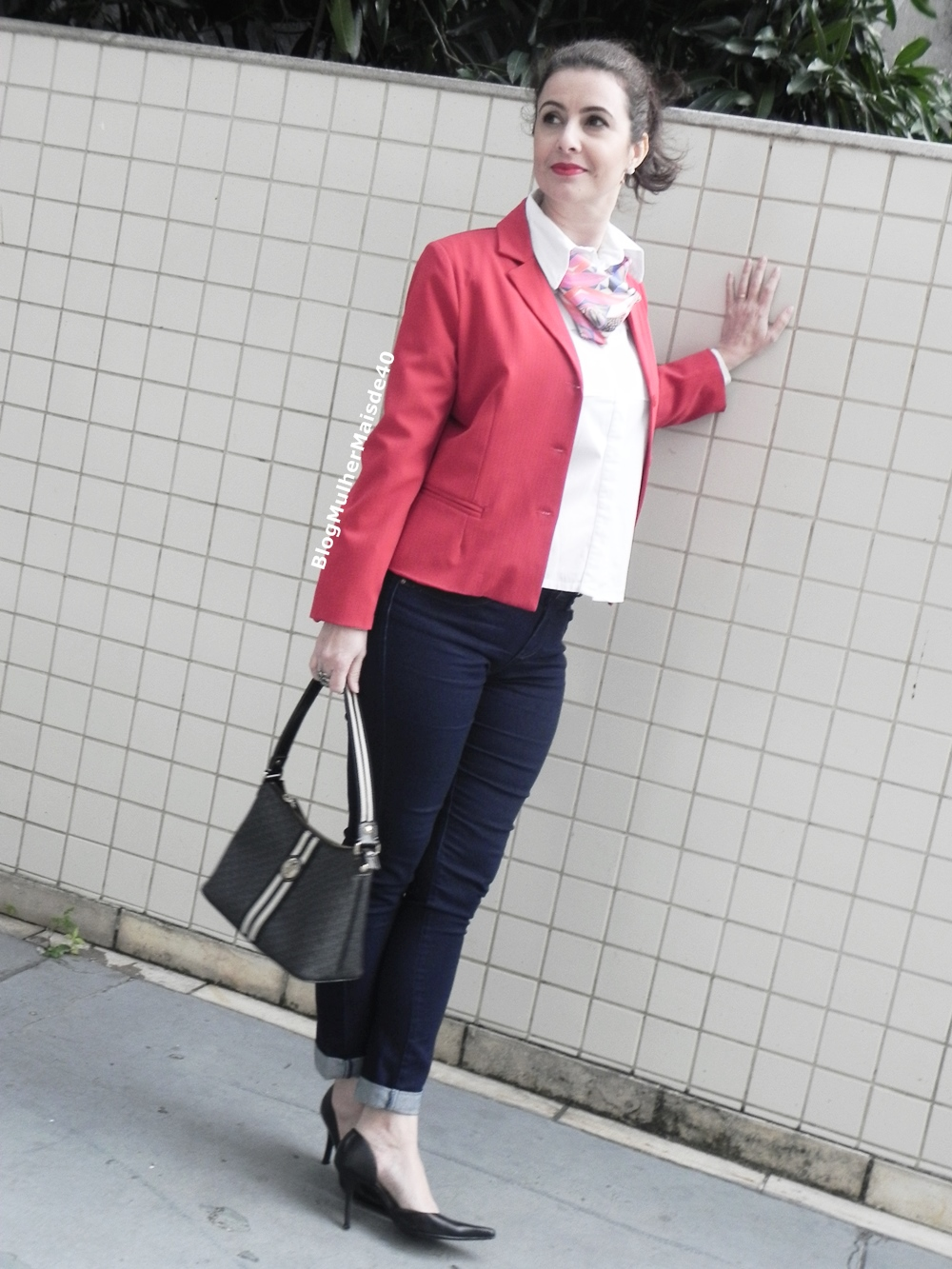 calça jeans blazer vermelho 1