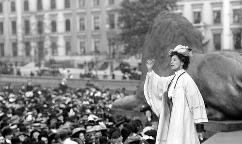 Sufferagette Emily Pankhurst addressing a meeting in London's Trafalgar Square, 1908.