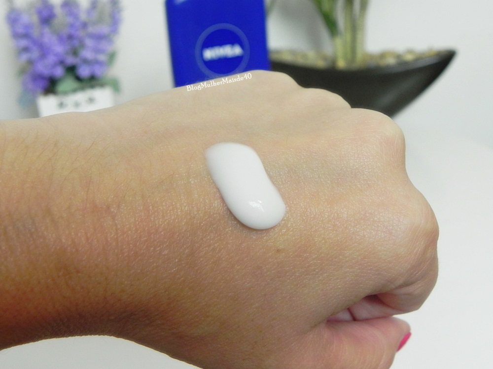 Hidratante para banho Milk da Nivea e sua consistência