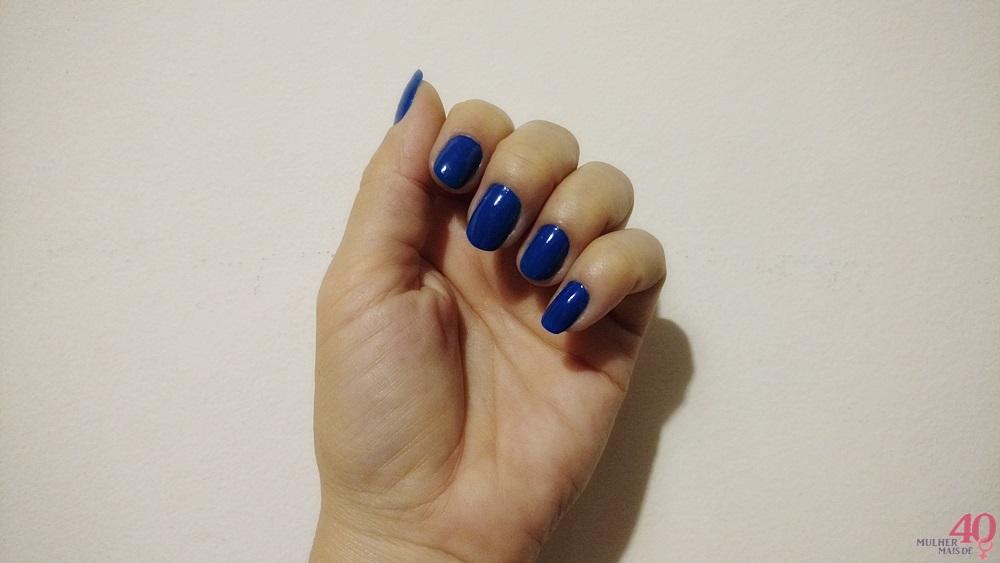 Esmalte da Bioderm Glam by Lexa Azul Royal resultado