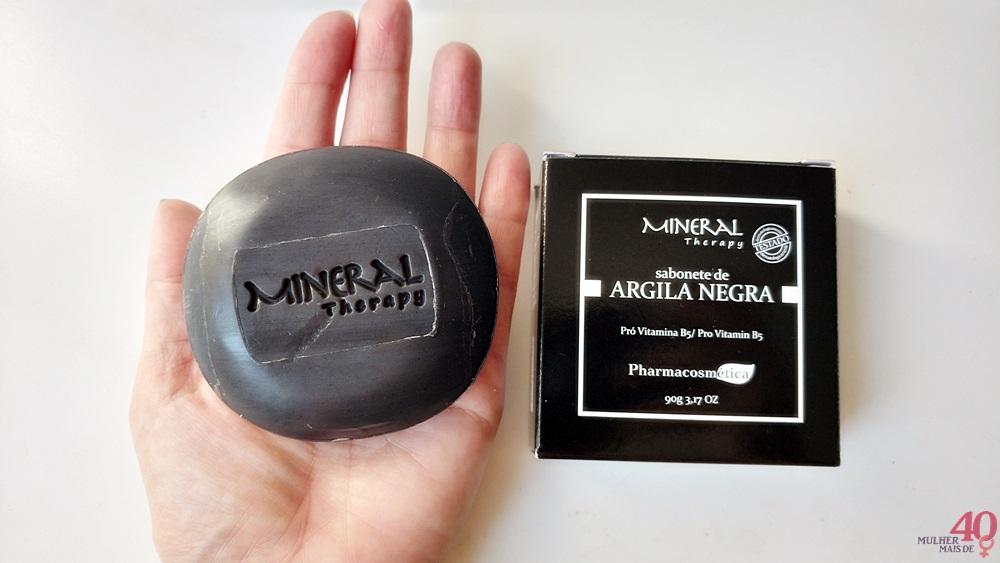 Sabonete de argila negra B5 Cosméticos apresentação