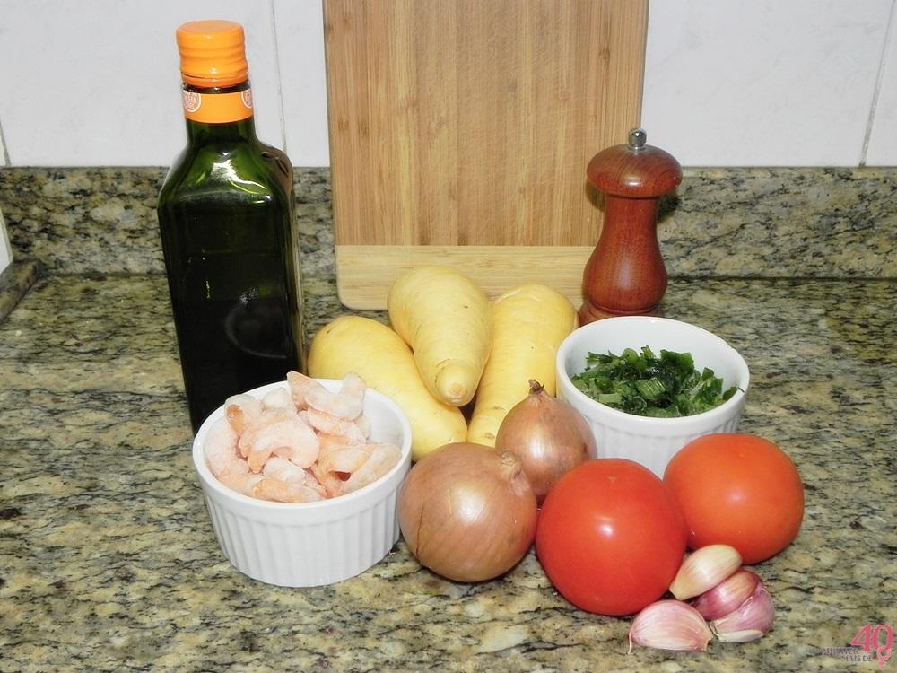 Sopa de batata baroa com camarão ingredientes